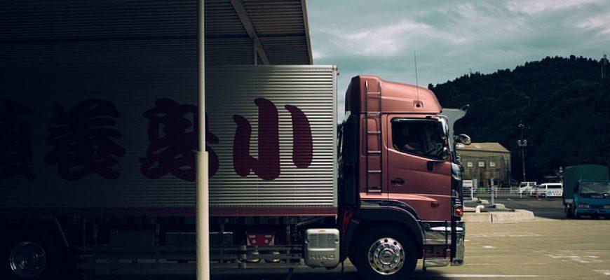 למה כדאי להשכיר משאית לפני שקונים
